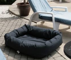 outdoor-bed